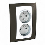 Complete Socket-outlet CZ, double, 2P+E, with shutters, White/Cacao