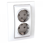 Complete Socket-outlet, side-earth, double, 2P+E, with shutters, White