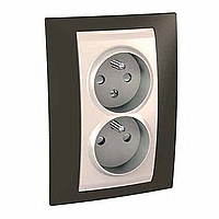 Complete Socket-outlet CZ, double, 2P+E, with shutters, Ivory/Cacao